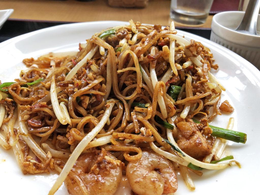 浦和のタイ料理、シャム・チャントラーのパッタイ