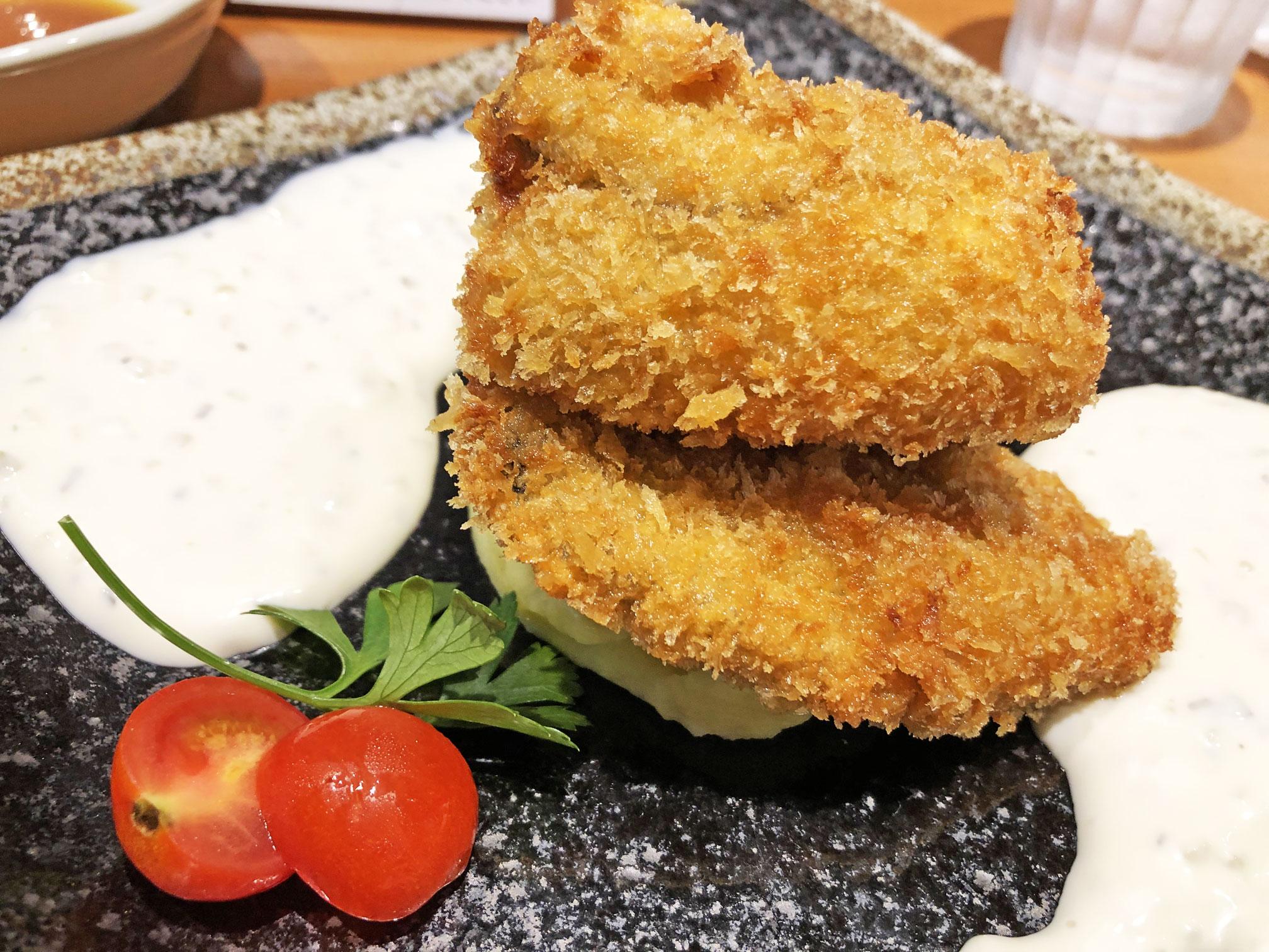大粒牡蠣フライ