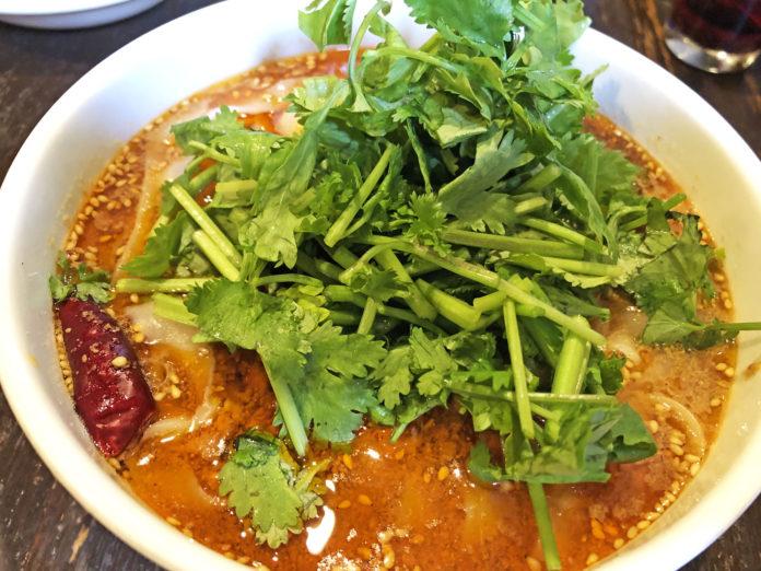 刀削麺酒家の麻辣麺