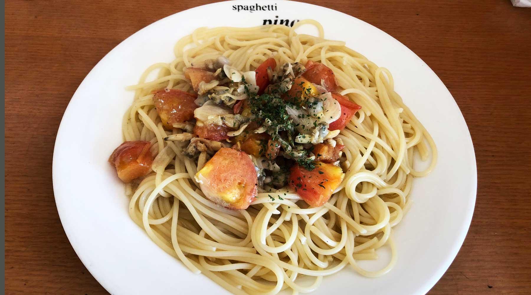 浦和西口・ハシヤ系のスパゲティPinoの「あさりとフレッシュトマト」スパゲティ