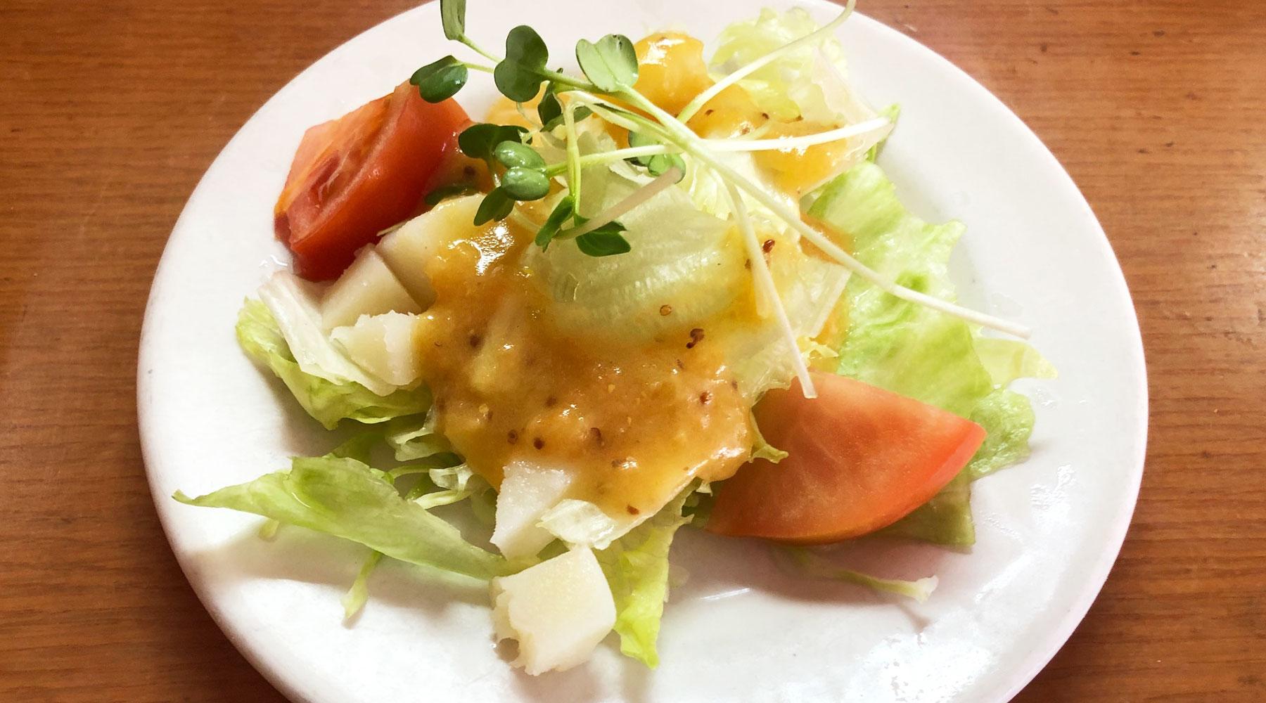 浦和のHASHIYA系、スパゲティPINOのミニサラダ