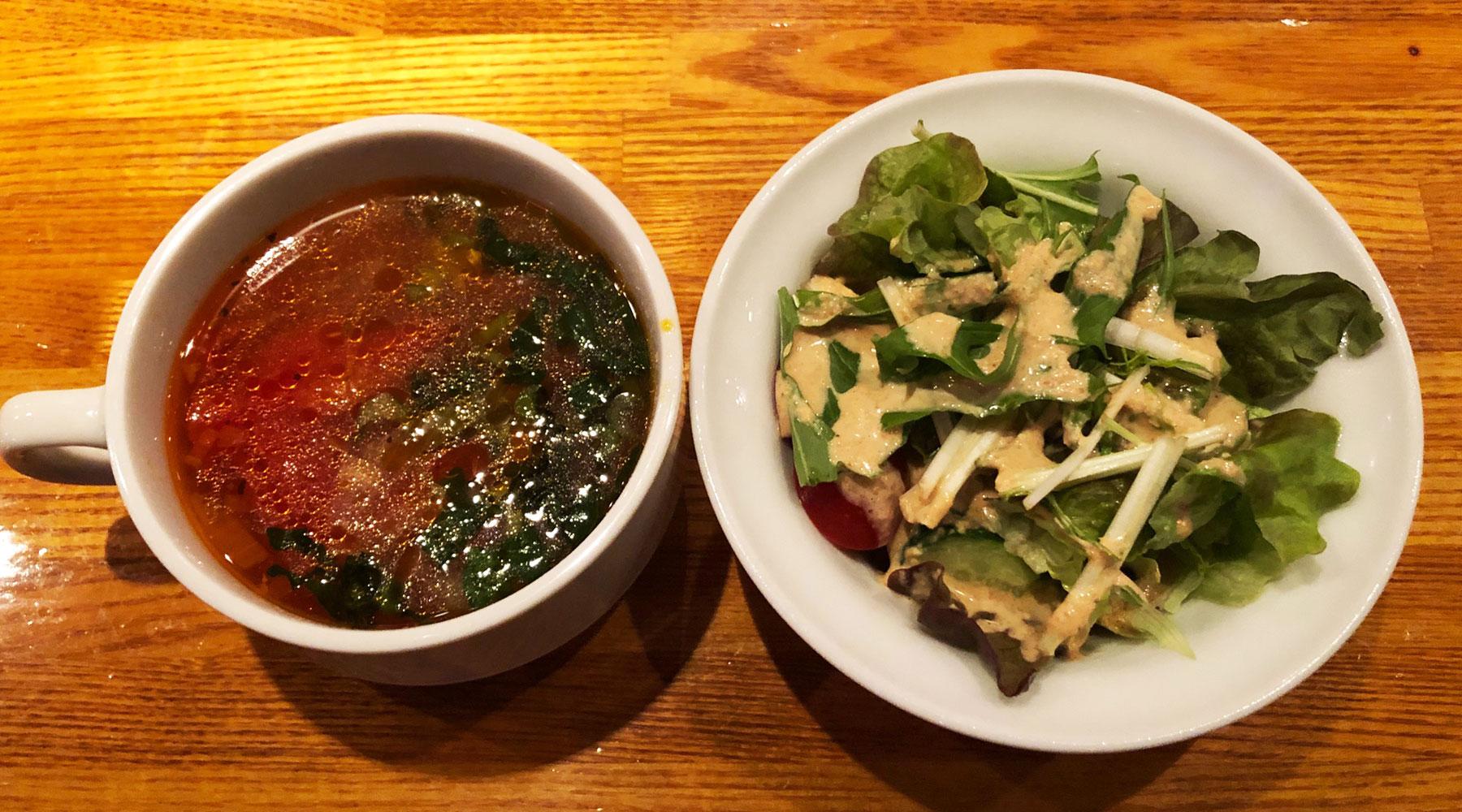 ワンステップ浦和店・ランチのスープとサラダ